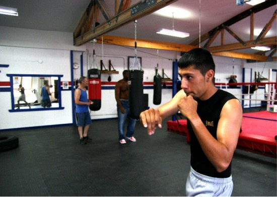 Jimmy Sandoval shadow boxing at Chicago Boxing Club (photo by Juan C. Ayllon)