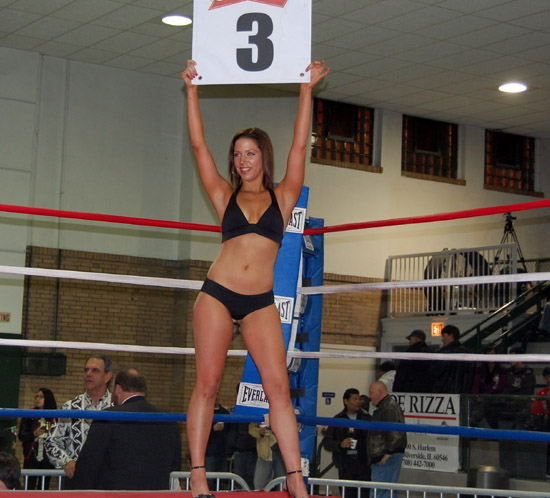Amateur boxer Kristin Peterson makes her debut as ring card girl