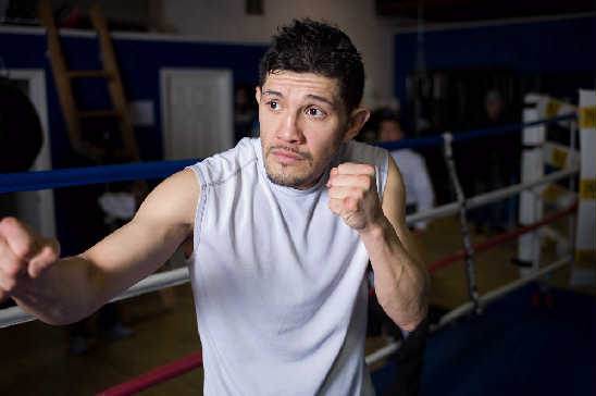 Former world champion David Diaz at the Jabb Gym in Chicago -- Photo:Tom Barnes - Top Rank, copyright 2010