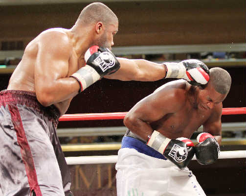 Witherspoon (L) En Route to Stoppage of Castillo. Photo by Tom Briglia/PhotoGraphics Photography