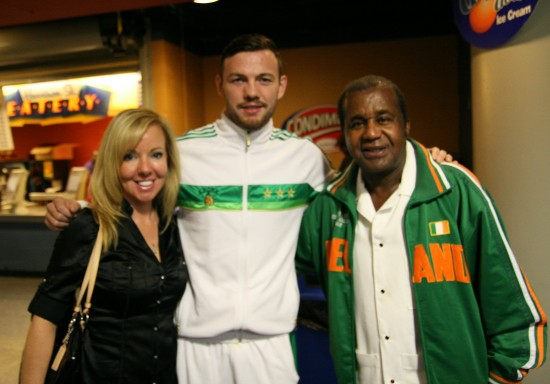 Belle with Andy Lee (center) and acclaimed Kronk trainer Emmanuel Stewart.