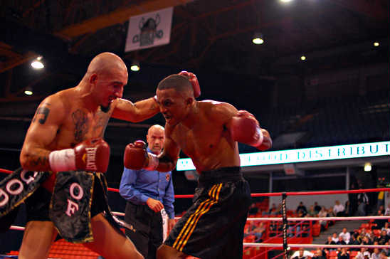 Canas (L) and Morris go to war