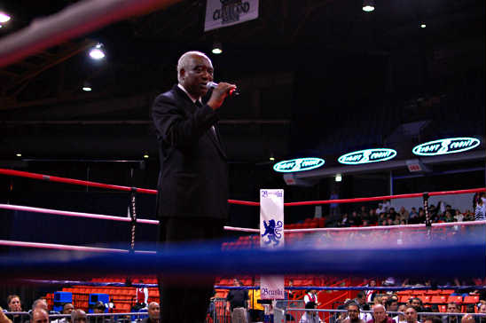 Illinois Congressman Danny Davis takes his mayoral campaign to the UIC Pavilion