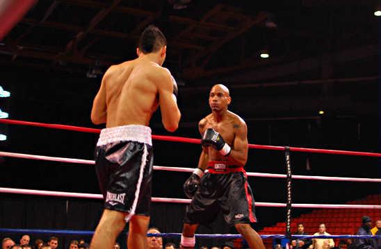Mike Jimenez (L) prepares to attack Jesse Lewis