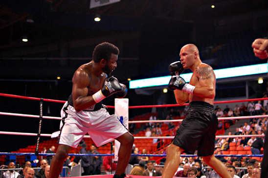 Johnson (L) and Bondarevas look to attack