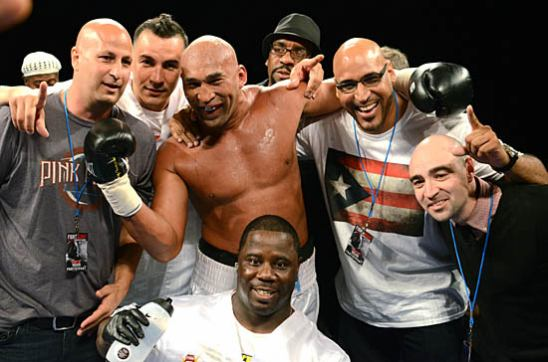 Team Oquendo celebrates his victory