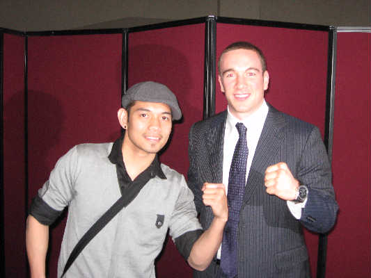 Mike Lee (right) with Nonito Donaire (photo courtesy of Team Lee)