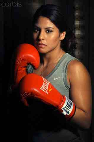 marlen esparza Speaker marlen esparza was the first us female boxer to qualify for london 2012 in an olympic sport that didn't even allow women to compete until 2009.