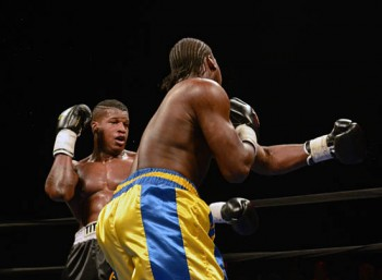 Asberry (L) eludes Shorter and looks to turn the tables