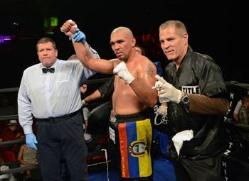 Dimar Ortuz enjoys his victory