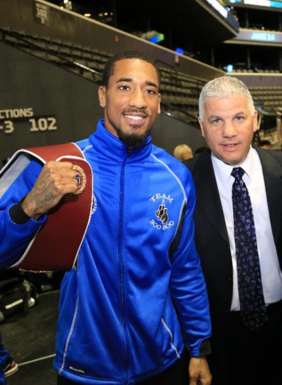 Demetrius Andrade- Joe DeGuardia (photo courtesy Star Boxing by Jeremy Flores)