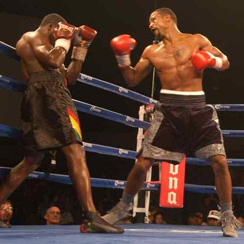 Dirrell, at right, unloads on Biosse.