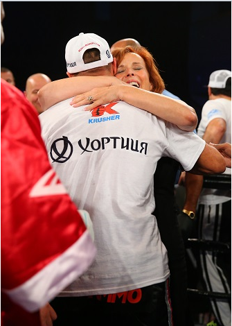 Kovalev Hugging Main Events' CEO Kathy Duva Photo Credits: Rich Graessle/ Main Events