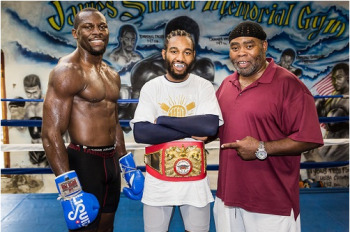 Steve Cunningham (L), Dargan & Richardson Photo Credits: Dave Torres/Main Events