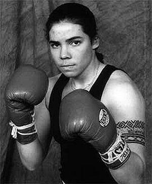 Elizabeth Mueller (photo courtesy of www.boxrec.com)