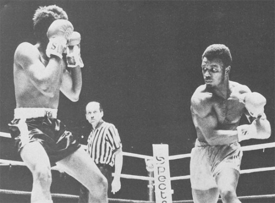 Curtis Parker (right) in his April of '79 bout against Arnell Thomas at the Philadelphia Spectrum.